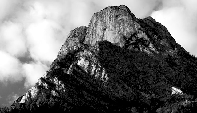 Monte Framont in BW